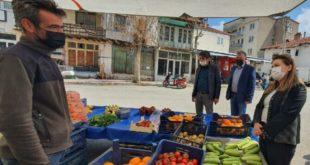 """Esnaf,Gülizar Biçer Karacaya dert yandı """"Dişimizi sıka sıka diş kalmadı"""""""